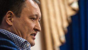 Колишній запорізький губернатор поскаржився на те, що НАБУ і САП хочуть заборонити йому спілкуватися з сім'єю