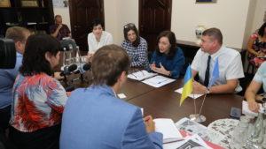 Руководство Запорожской ОГА рассказало, что хотело бы привлечь новых туристов в Бердянск, но нет денег на ремонт дороги в этом направлении