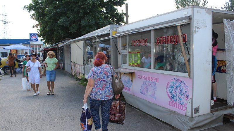 У Запоріжжі обіцяють очистити підхід на ринок Анголенко від кіосків - ФОТО