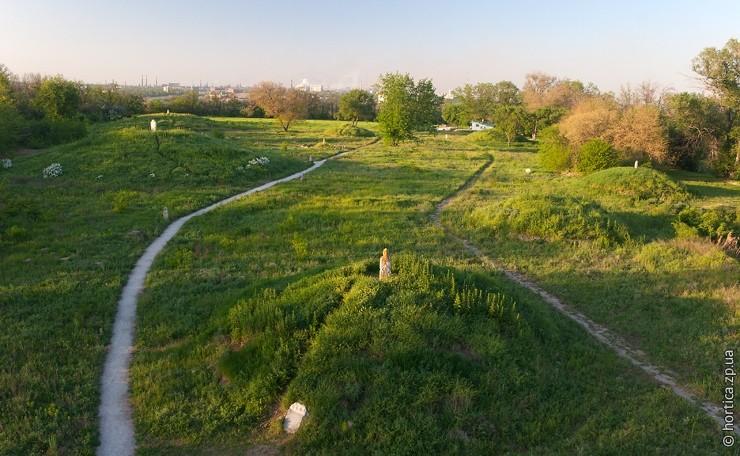 У Запоріжжі проінспектували стан пам'яток історії та культури - ФОТО