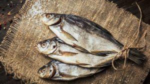 Мелитополец заболел ботулизмом, съев магазинной рыбы