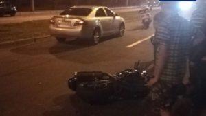 В Запоріжжі автомобіль збив мотоцикліста