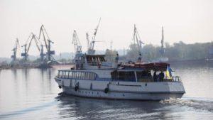 Запоріжці зможуть безкоштовно дістатися з Правого берегу до міста за допомогою річкового транспорту