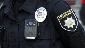 В Запоріжжі полісмени зупинили автомобіль, за кермом якого сидів їх п'яний колега