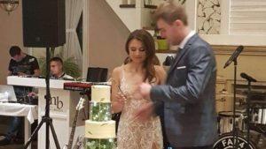 У Запоріжжі молодята відмовилися від квітів на весілля заради допомоги тваринам