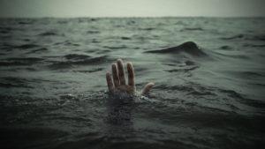 В море погиб 17-летний житель города Пологи