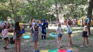 Робобатлы, концерт талантов и кулинарные мастер-классы: в Запорожье состоится семейный арт-пикник