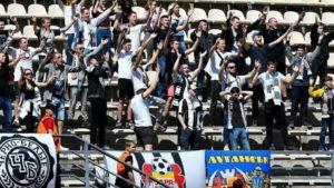 В Запорожье полиция составила протоколы на футбольных фанатов, которые устроили столкновение с гостями из Черногории – ВИДЕО