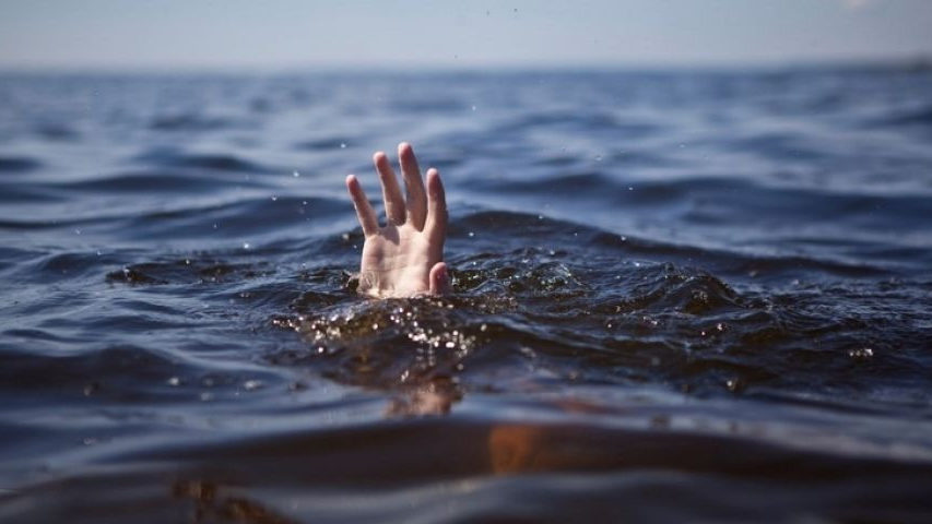 Житель Запорожской области пошел купаться на озеро и утонул