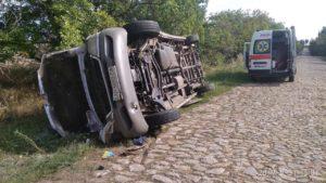 У Вільнянському районі сталася ДТП: водія деблокували з автівки, - ФОТО