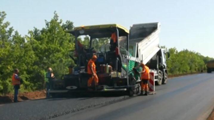 Автотрассу Запорожье-Мариуполь планируют отремонтировать до конца октября