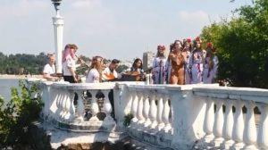 Запорізькі школярі заспівали пісню з українським популярним етногуртом, - ВІДЕО