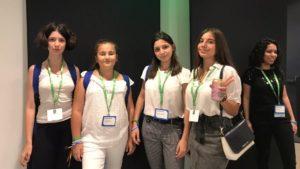 Запорізькі школярки перемогли на міжнародному IT-конкурсі та представили свій додаток в Сан-Франциско