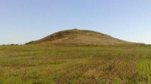 У Запорізькій області до державної власності повернули землі з історичними курганами