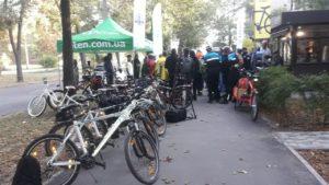 Без пробок і тисняви в маршрутках: запорожці взяли участь в акції «На велосипеді на роботу», - ФОТО