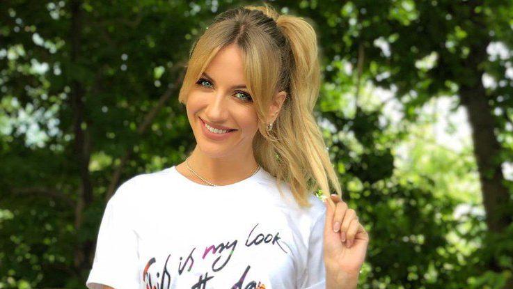 Леся Нікітюк приїхала до Запорізької області на зйомки нового тревел-шоу і побувала у Василівському зоопарку, – ВІДЕО