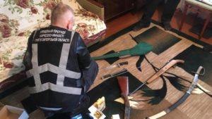 Киллограм марихуаны, пистолет, ружья и патроны: судимый житель Запорожья попался на незаконном хранении