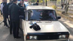 Метадон на колесах: у Запоріжжі поліція затримала наркокур'єрів на авто