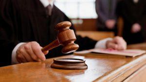 На лаві підсудних опинилися двоє запоріжців, які організували виробництво та продаж наркотиків