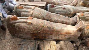 В Египте нaшли большой тaйник с сaркофaгaми, – ФОТО
