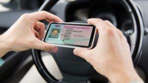В Україні анонсували запуск водійських прав у смартфоні