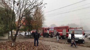 В Запоріжжі сталася пожежа, яку ліквідували майже двадцятеро вогнеборців, — ФОТО