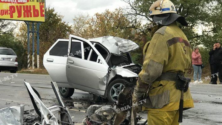 У Запорізькій області легковик врізався у вантажівку: одна людина загинула, — ВІДЕО