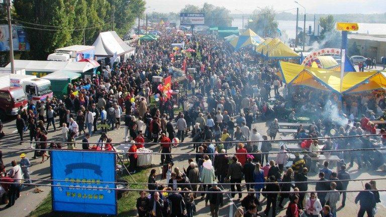 Набережну не перекриватимуть: у Запоріжжі Покровський ярмарок проведуть у новому форматі