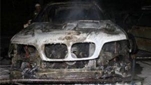 Не діставайся ж ти нікому: в Запорізькій області чоловік спалив автомобіль дружини