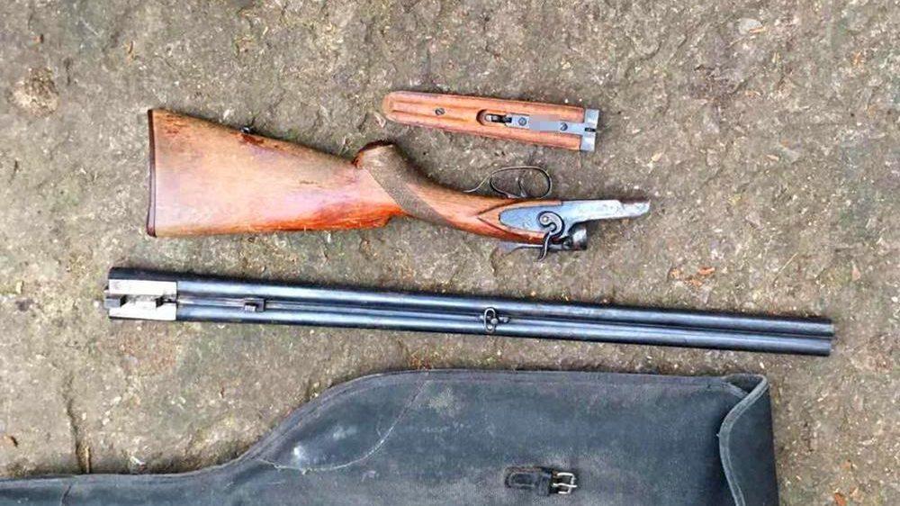 5 кг марихуаны и оружие: в Запорожье полиция провела очередной обыск