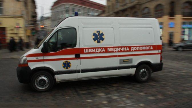 Врізався в бетонний блок і перекинувся: в Запорізькій області тракторист потрапив в смертельну ДТП