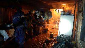 В Запорізькій області майже вщент згорів гараж, — ФОТО