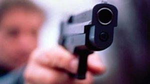 Постріл в обличчя: у Запоріжжі поліцейські поранили злодія