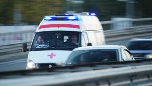 В Запорожье пенсионер выпал с четвертого этажа: медики рассказали подробности