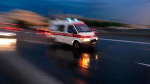 В Запорізькій області 54-річну жінку збила автівка: постраждалу госпіталізували у важкому стані