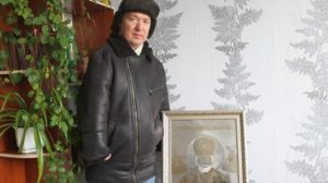 Гуляйполец с инвалидностью выгравировал Святого Николая алмазными борами