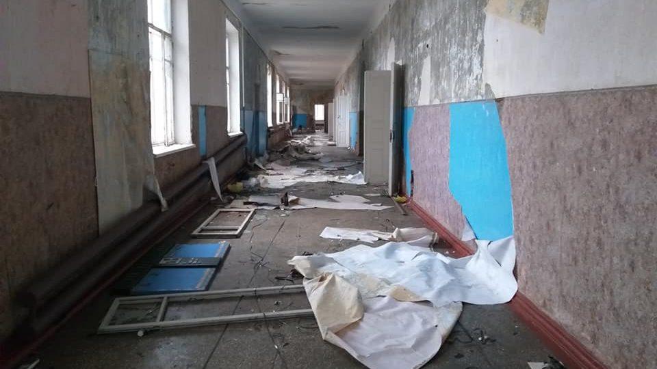 «Такого жаху ніколи не бачила»: журналістка показала зруйновану школу в Запорізькій області, – ФОТО