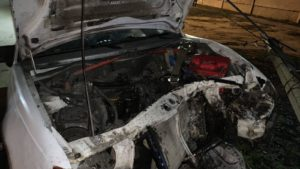 В Запорожской области горела машина, — ФОТО