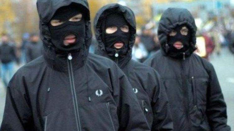 В Запорожской области люди в масках дерзко ограбили автозаправку