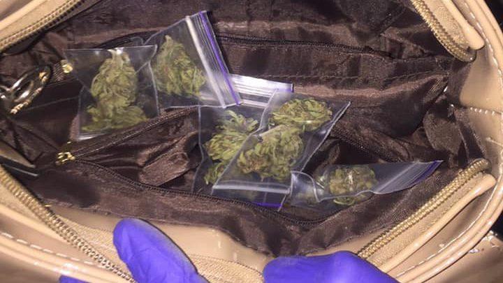 В Запорожье арестовали наркоторговку, — ФОТО