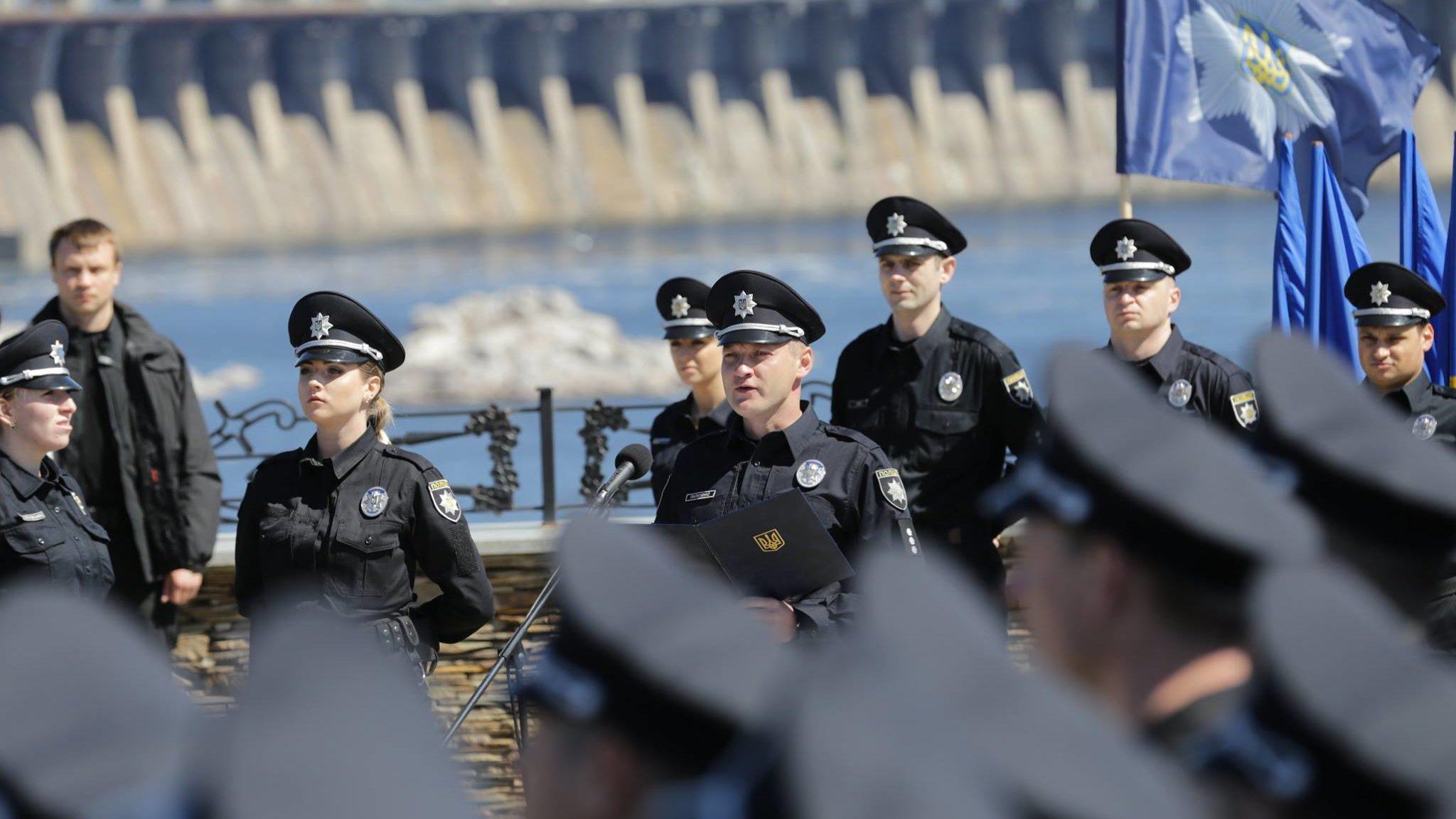 «Їдуть за кордон»: глава запорізької патрульної поліції розповіла про нестачу кадрів