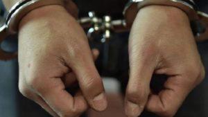 В Запорожье двое несовершеннолетних избили и ограбили молодого человека