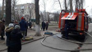 В Запорізькій області палала квартира: з багатоповерхівки евакуювали людей