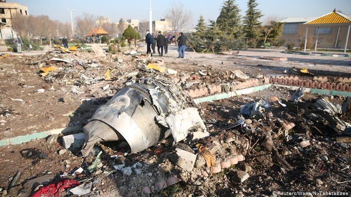 Официально: украинский самолет в Иране сбили двумя ракетами из российской зенитного комплекса