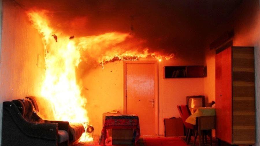 В Запорізькій області з невідомих причин сталася пожежа в квартирі