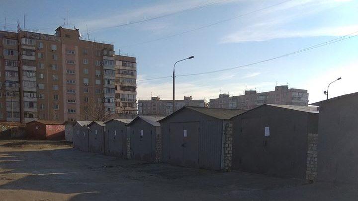 В одном из районов Запорожья планируют сносить незаконные гаражи