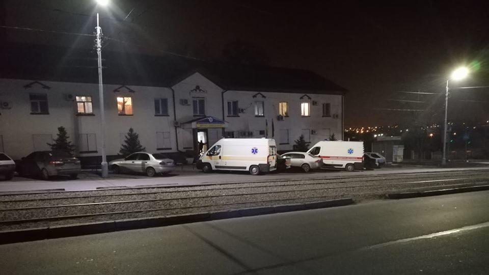 В Запорожье прибывших на вызов медиков избили пьяные парни