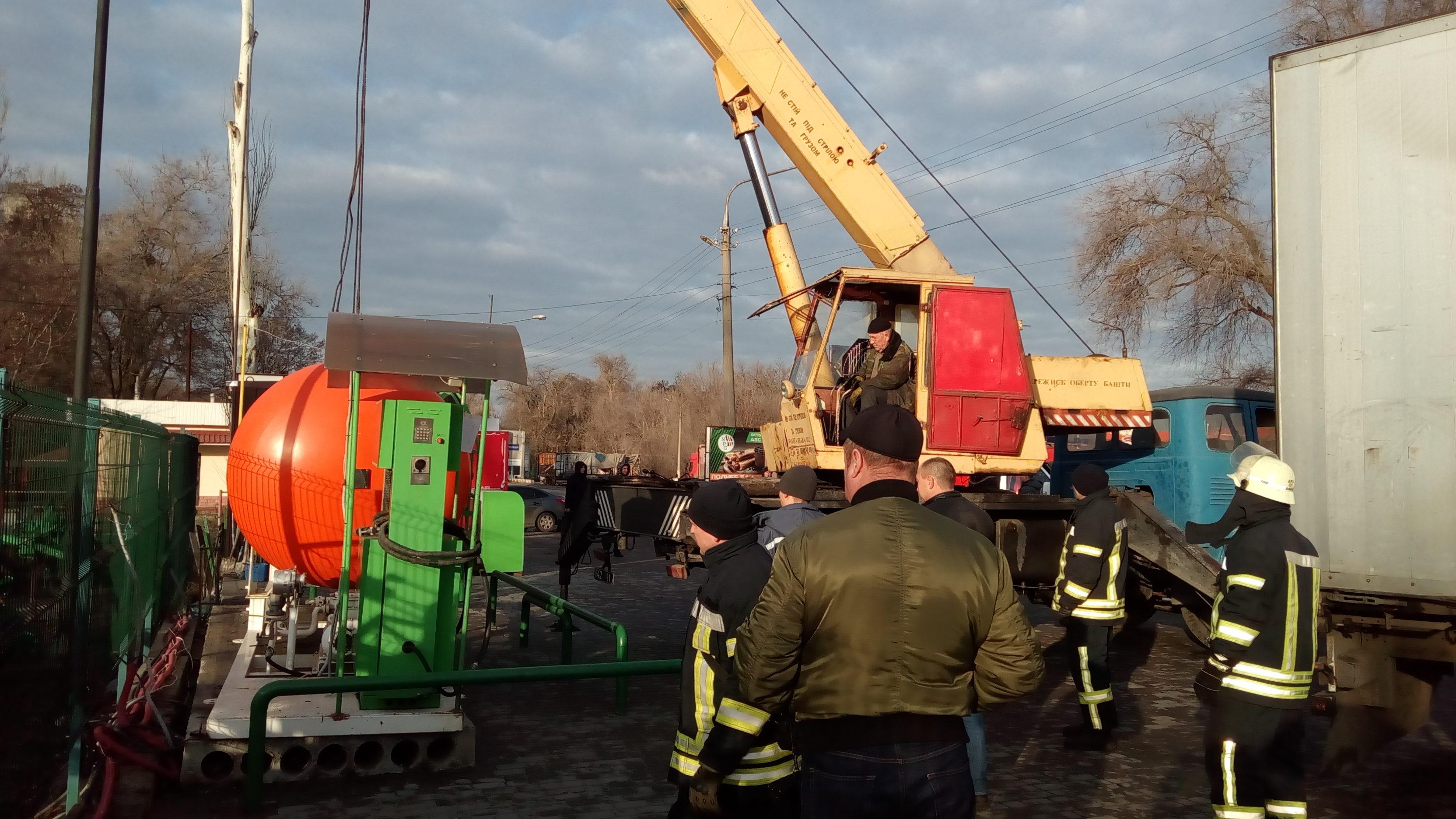В Запорожье демонтировали незаконную газозаправочную станцию, – ФОТО