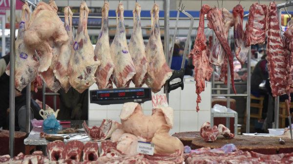 У минулому році на ринках Запорізької області вилучили близько 13 тонн небезпечних продуктів