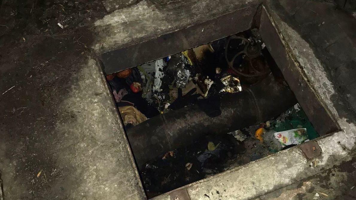 На Запоріжжі під час пожежі в теплотрасі врятували двох безпритульних